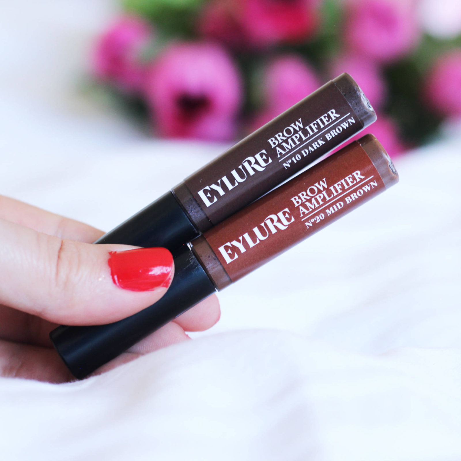 The 10 Second Brow | Eylure Brow Amplifier